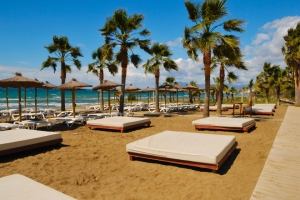 Bar and Restaurant Internship in a 3* Hotel in the beautiful island of Fuerteventura, Canary Islands