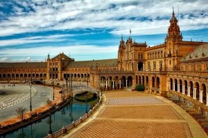 Remote - IT internship in Seville (Full/Part time)